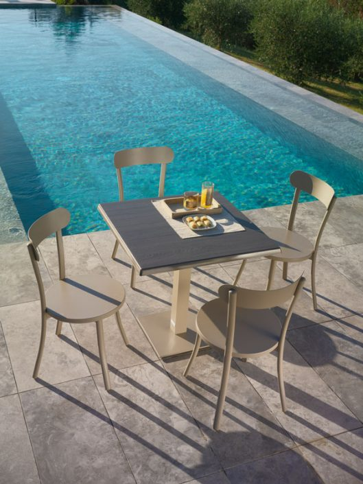 outdoor-furniture-001